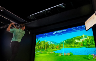 Foresight GCHAwk Golf Simulator